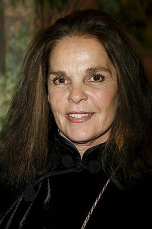 Ali macgraw is back and just as untalented as ever the damien